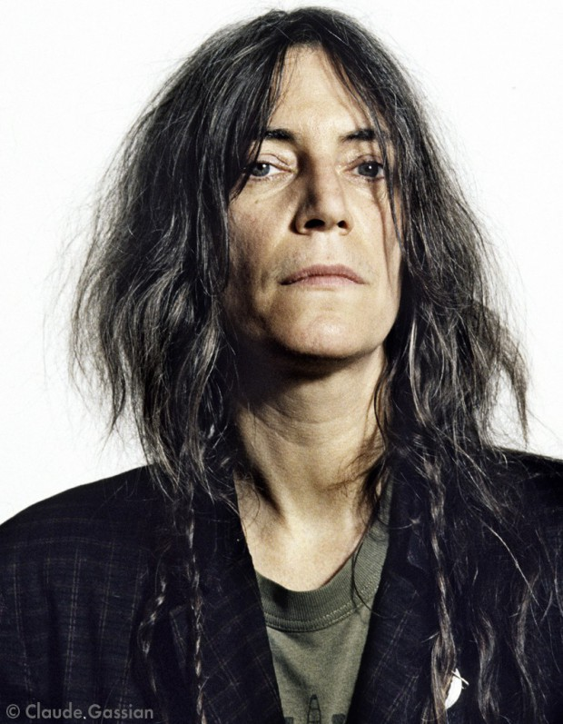patti smith because the night скачать